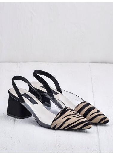 Elle Ayakkabı Zebra